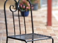 Wrougth iron chair with scrolls