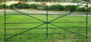 Cast jointed gate