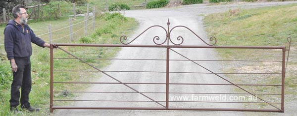 Reproduction antique farm gate